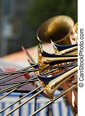 oro, Trombones