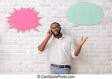Afro American man with speech bubble - Afro American man in...