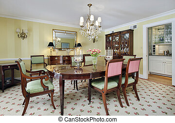 Dining room with butler\'s pantry