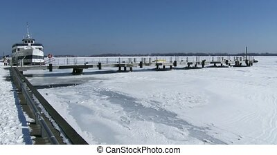Panoramic view of lake Ontario - Panoramic view of frozen...