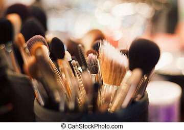 Professional visagiste brushes for make up - Main tools of...