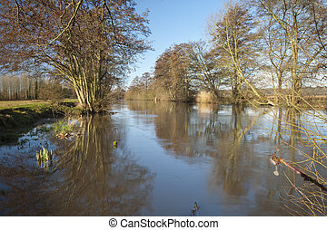 River Kennet at Ufton, Berkshire, Uk