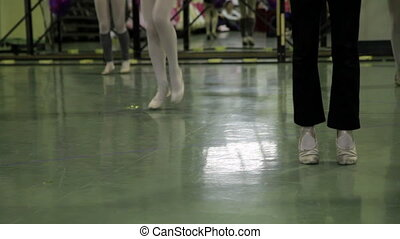 dance school, girls who try choreography of a ballet
