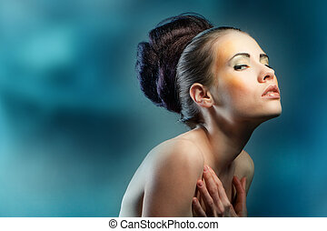 glamorous woman - A portrait of a glamorous woman with a...
