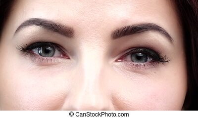 Natural eyes makeup Close up Slow motion - Natural eye...