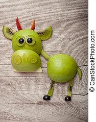 divertido, toro, hecho, de, verde, manzana, y, kiwi, en, de...