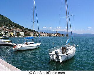 Limone sul Garda - Boats in the harbour of Limone sul Garda...