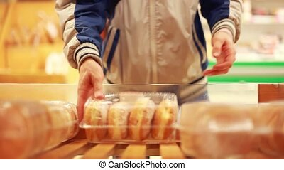 Customer Buying Loaf From Market Bread Stall. 1920x1080. hd...