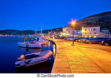 Town of Vis waterfront evening view - Town of Vis waterfront...