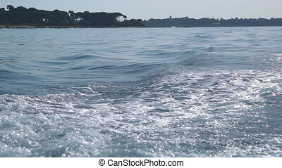 Ocean waves slow motion, Cannes