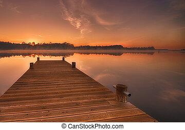 lago, alba