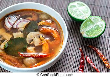 Thai tom yum soup