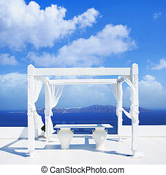 Wedding tent on Santorini island. Beautiful sky. - Wedding...