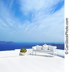 Wedding decoration on Santorini island Beautiful sky -...