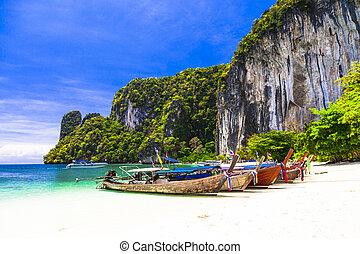 tropical holidays - amazing beaches of Thailnad, Krabi -...