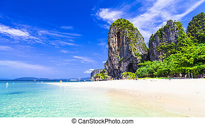 tropical holidays - amazing beaches of Thailnad, Krabi -...