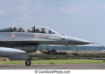 Lockheed Martin F-16 Fighting Falcon - F-16 jetfighter...