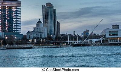 Milwauke Wisconsin Time-lapse - Milwaukee Wisconsin Day to...
