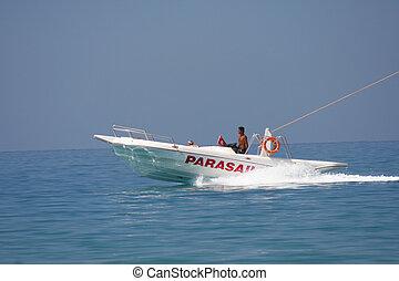 para-sailing boat