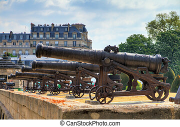 Invalides cannon array - Beautiful view of the cannons at...