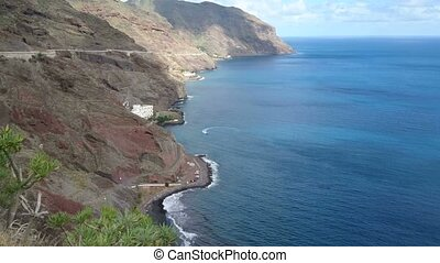 Hills facing the ocean in Tenerife - Hills facing the ocean...