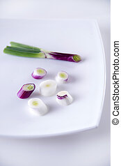 The Red Onion of Tropea - Presentation of pieces of red...
