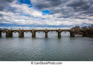 The Market Street Bridge over the Susquehanna River, in...