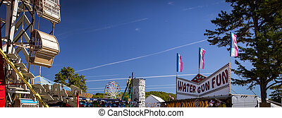 midway state fair - A midway at a state fair in the united...