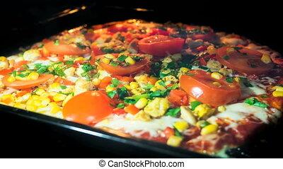 Timelapse of Pizza baking full heat