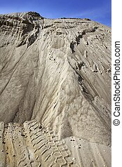 white sand quarry mound mountain - white sand quarry mound...