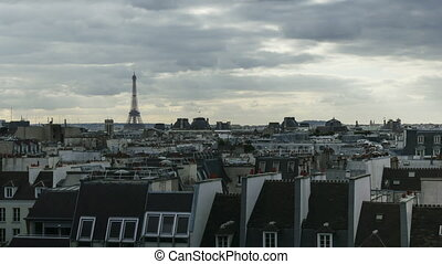 Timelapse of clouds over Paris and Eiffel Tower - Timelapse...