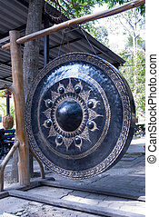 Gong of victory. - Gong of victory in Thai temple.