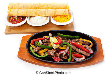 Fajitas: meat with vegetables