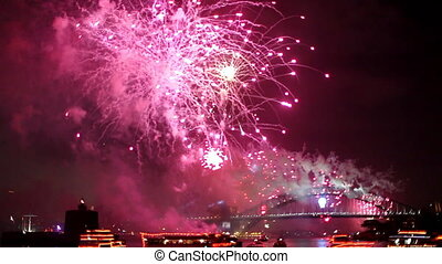 Harbour Bridge Pink Fireworks - Green, Red and Pink midnight...