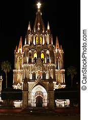 San Miguel de Allende Church - La Parroquia (Church of St....