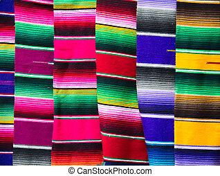 雨布, 墨西哥人