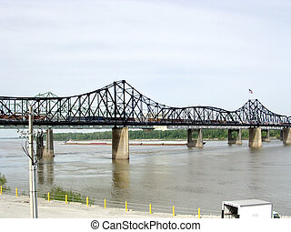 Mississippi Vicksburg bridge 2003 - View of bridge over the...