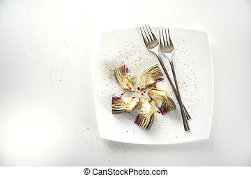 Fresh artichoke dish - Presentation of a side dish made of...