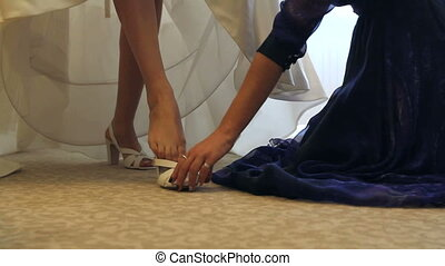 wedding shoes - Bride Dresses wedding shoes with the help of...