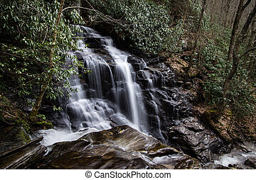 Soco Falls In North Carolina - Beautiful and popular Soco...