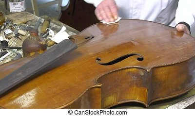 Cleaning an old cello table - Smooth work to revive the look...
