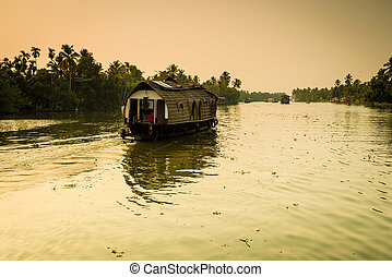 Traditional Indian houseboat - Traditional Indian house boat...
