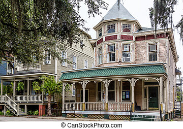 Victorian Homes in Savannah - Old Victorian Homes in...