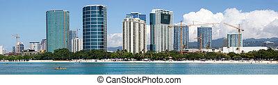 Honolulu Panorama - The panoramic view of Ala Moana beach...