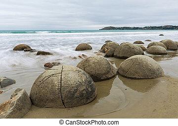 Moeraki Boulders, South Island New Zealand