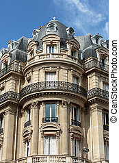 Facade of typical house with balcony in 16th arrondisement...