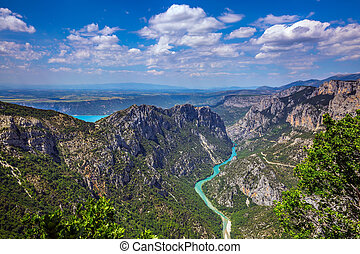 Turquoise water of the river Verdon