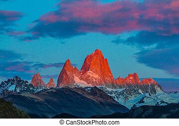 Crimson sunset rays - Amazing Patagonia in February Sharp...