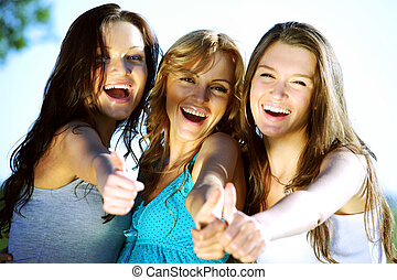 success girlfriends - summer girlfriends in sun ligt happy...