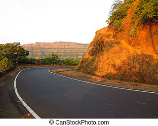 Western Ghats - The curving slope in the western ghats in...